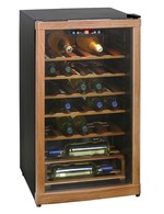 GCBE1-20 - Winecooler - 150 Litres - wood & electronic - closed door