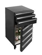 Mobiler Kühlschrank im Design eines Werkstattwagens
