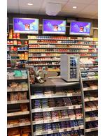 Beispiel im Markt: Einsatz vom Getränke-Kühlschrank auf einer Theke